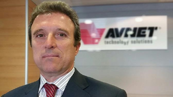 Carlos Caba�as Avnet